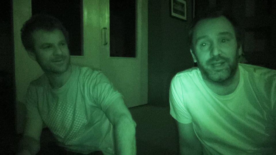 Trey en Matt tijdens de stroomstoring